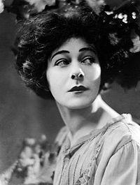 200px-Alla-Nazimova-1921